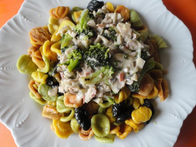 Receta Pasta de Verduras con salsa de champion y brocoli