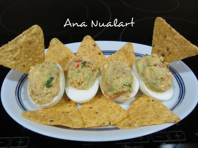 Receta de cocina huevos rellenos con guacamole
