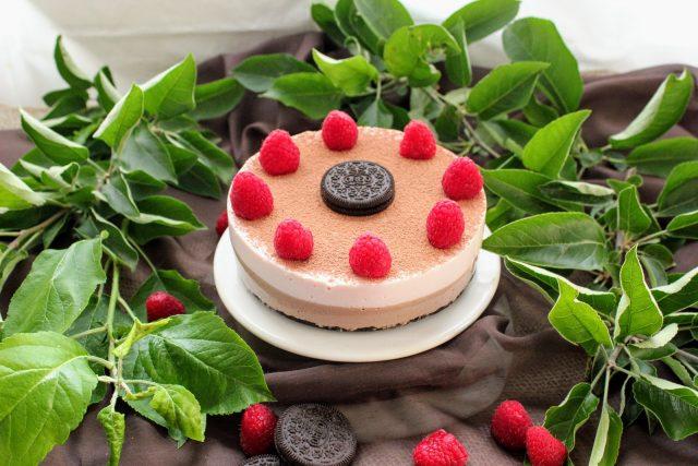 Receta de cocina tarta de queso, fresa y chocolate sin horno