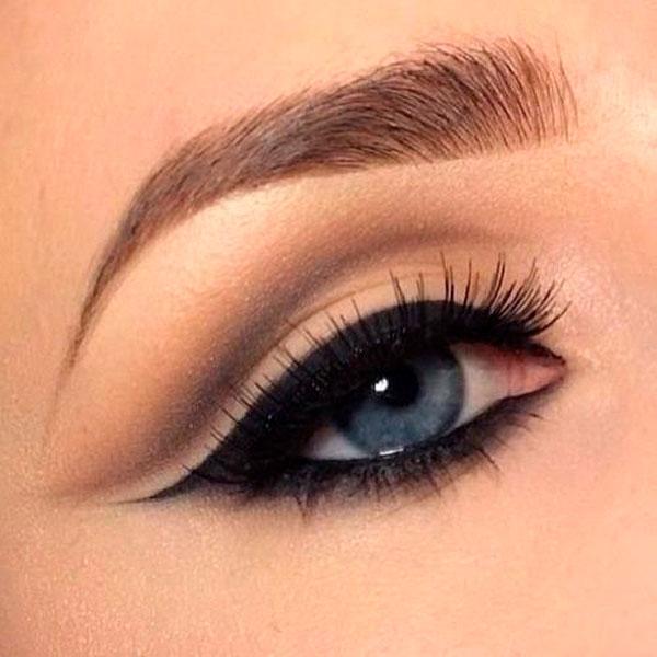Delineado de ojo Completo Eyeliner