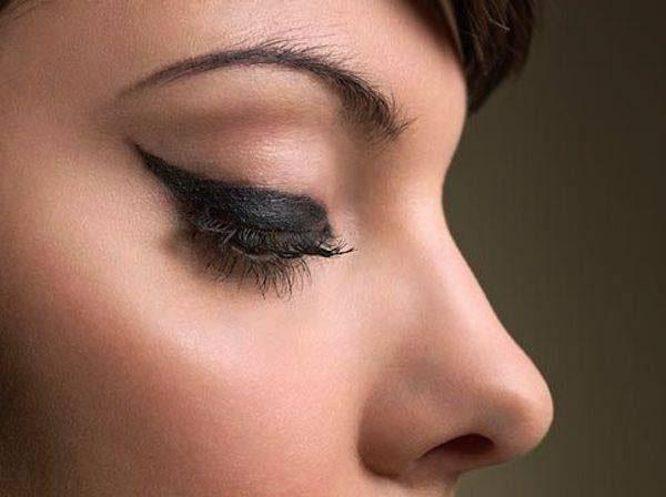 Delineado de ojo Daurage Eyeliner