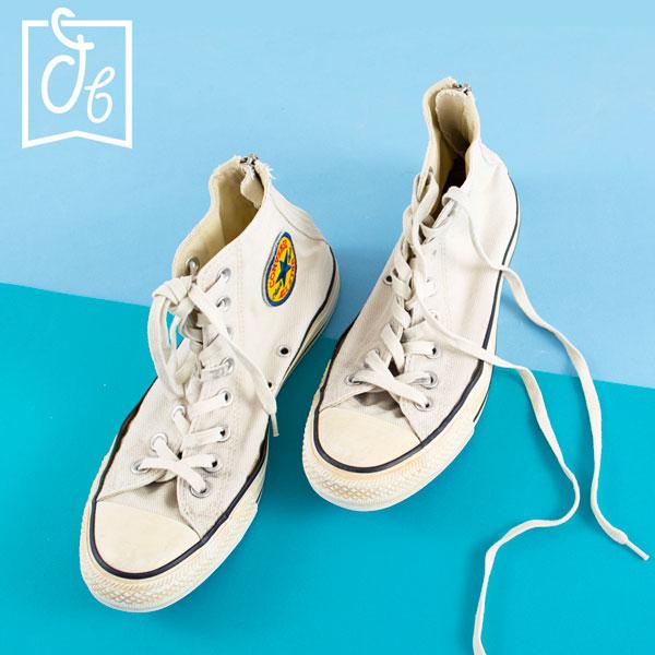 limpiar zapatillas de lona para que vuelvan a ser blancas