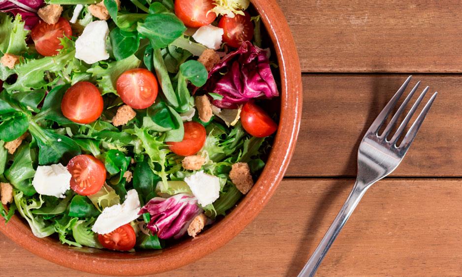 8 aliños originales para darle más sabor a tus ensaladas