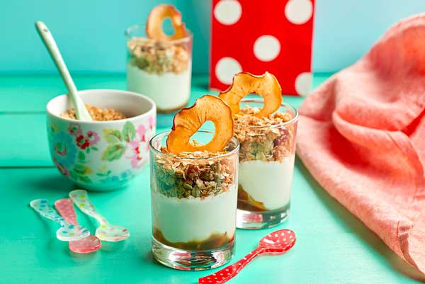 Receta de Apple Pie de Granola con yogur