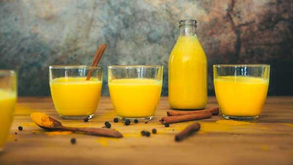 receta de la bebida Golden Latte