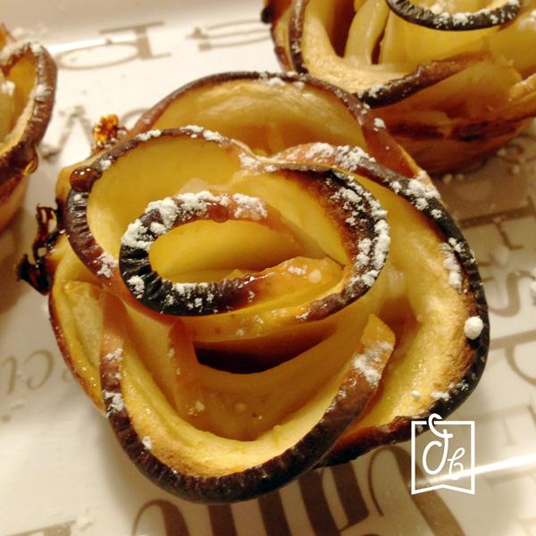 receta facil como hacer flores de manzana