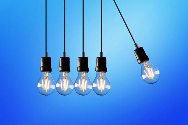 Como ahorrar en la factura de la luz en coronavirus
