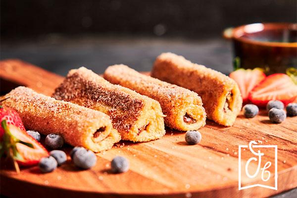 recetas con nocilla rollitos de tostadas francesas con frutas