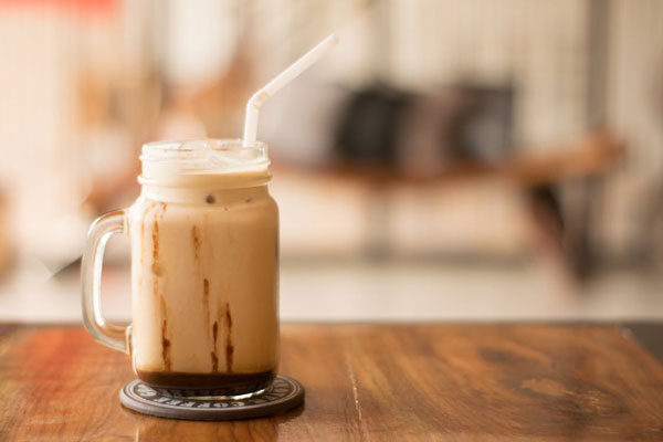aprender a hacer café helado cremoso