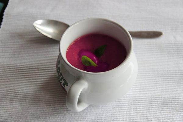 REceta de Gazpacho de Remolacha y Fresas Sin Tomate