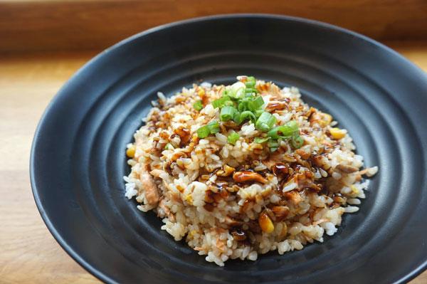como hacer arroz frito tailandes con ajo