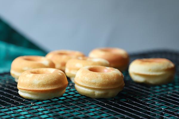 cómo hacer donuts caseros glaseados