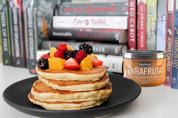 Pancakes de avena saludables con 3 ingredientes (sin gluten, sin leche y sin huevos)