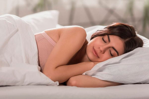 mujer durmiendo cambio de hora