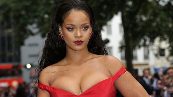 Perfumes favoritos de las famosas Rihanna