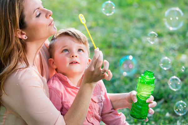Experimentos divertidos para hacer con niños al aire libre