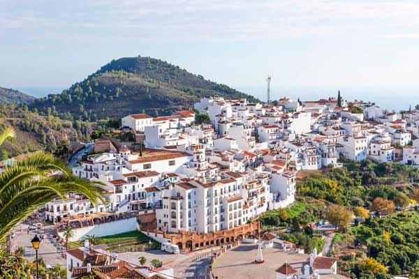 Los pueblos más bonitos de España para disfrutar en familia